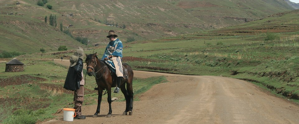 lesotho-traditionell-africa-adventure.jpg
