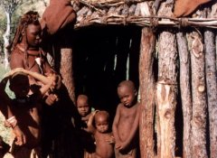Himba Kulturreise in Namibia mit African Extravaganza